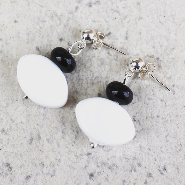 White and Black earrings, glass beads by Julie Frahm
