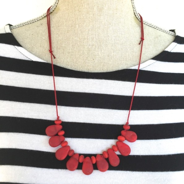 Handmade red glass bead necklace by Julie Frahm