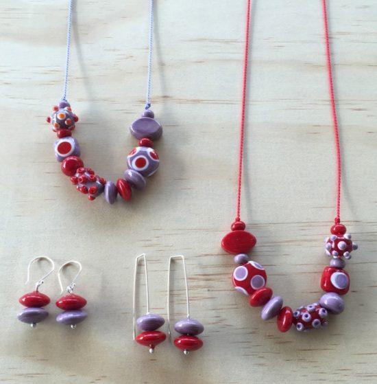 Red and purple handmade glass bead jewellery by Julie Frahm