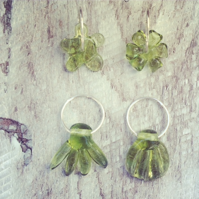 Recycled glass beads | design ideas, earrings or necklaces?