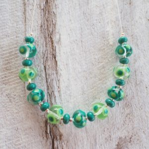 Handmade glass bead necklace - green
