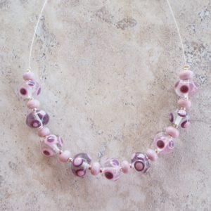 Handmade glass bead necklace - Pink