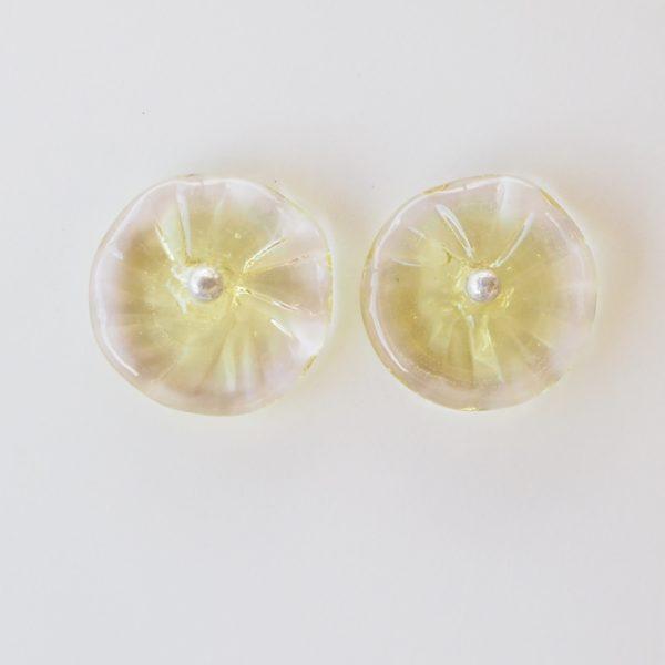 pretty flower stud earrings