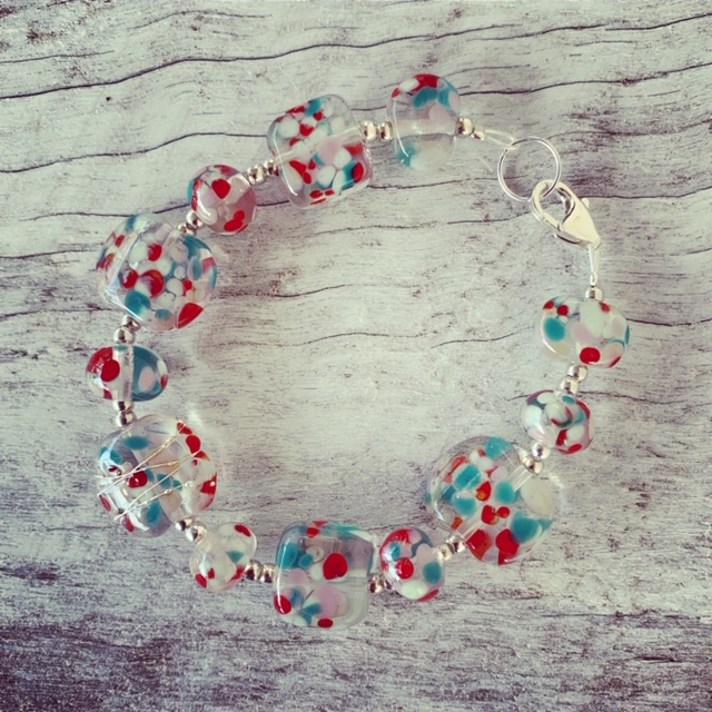 Recycled glass bracelet | colourful glass bracelet made from a wine bottle