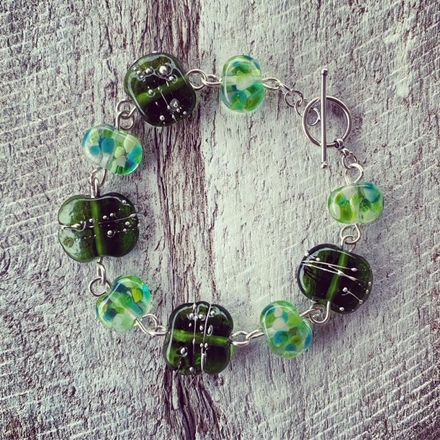 Recycled glass jewellery | green beads made from champagne and wine bottles