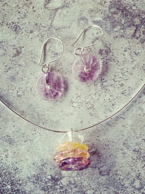 Recycled glass jewellery | glass beads made from wine bottles and other glass objects