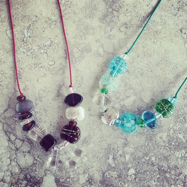Casual and comfortable gin and tonic necklaces