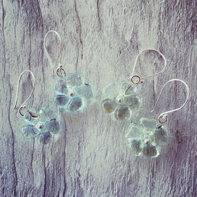 Pretty recycled glass flower earrings