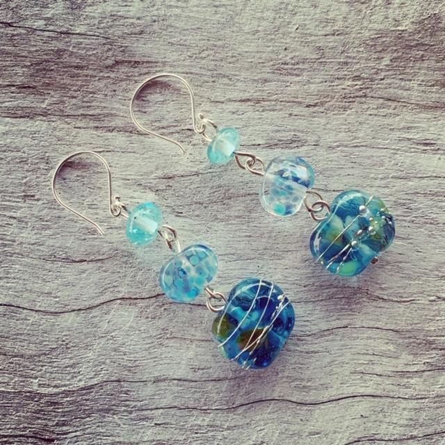 Gin and wine bottle earrings