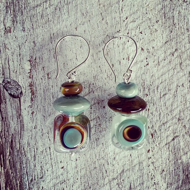 Brown and green retro style earrings