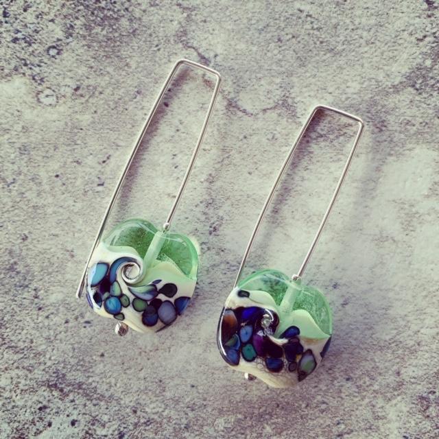Green wave bead earrings