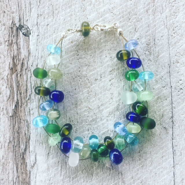 blue green recycled glass bracelet