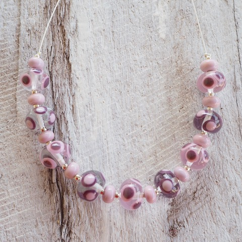 Handmade glass bead necklace - Pink