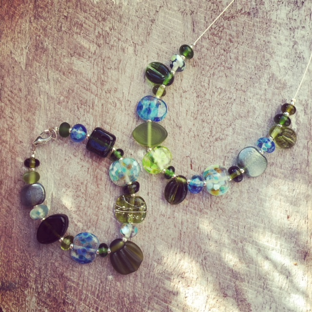 Recycled glass jewellery | Handmade recycled glass beads from Bethany Wine bottles.