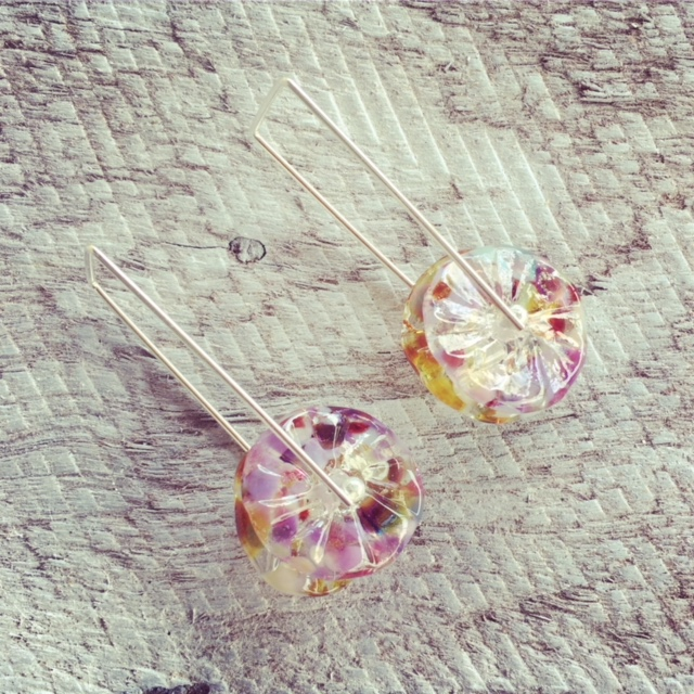 Recycled glass earrings | beads made from a wine bottle