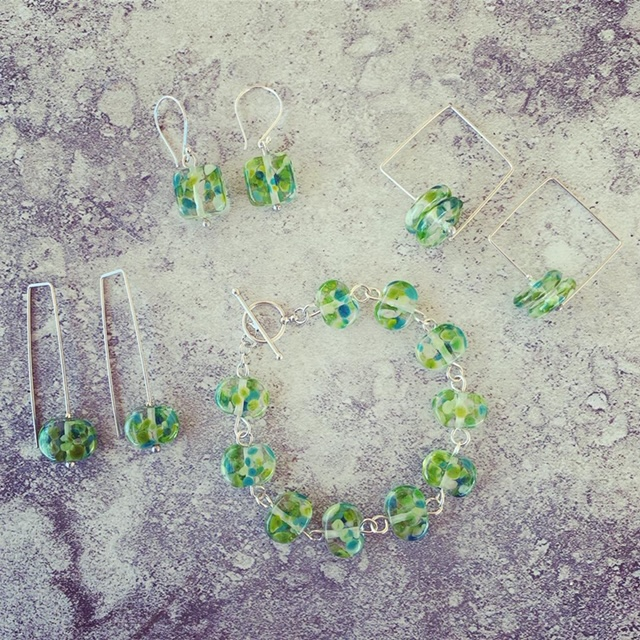 Recycled glass jewellery | fresh green earrings and bracelet made from a wine bottle