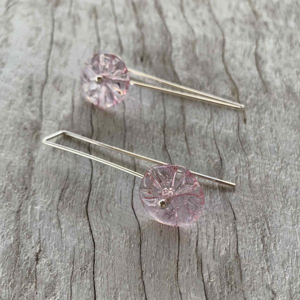 pretty purple flower earrings for spring