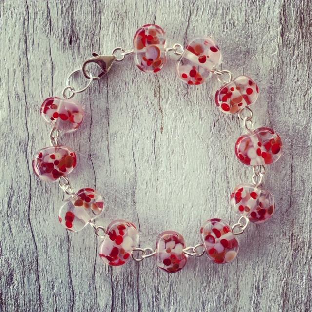 Red and pink wine bottle bracelet