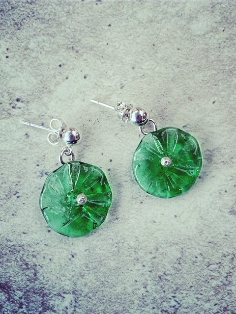 Tanqueray Gin Bottle Studs