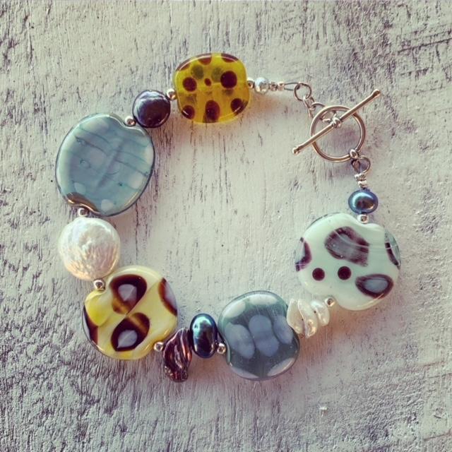 flat glass bead bracelet